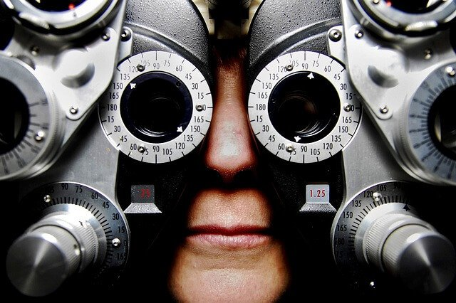 Eyeglasses test optometrist