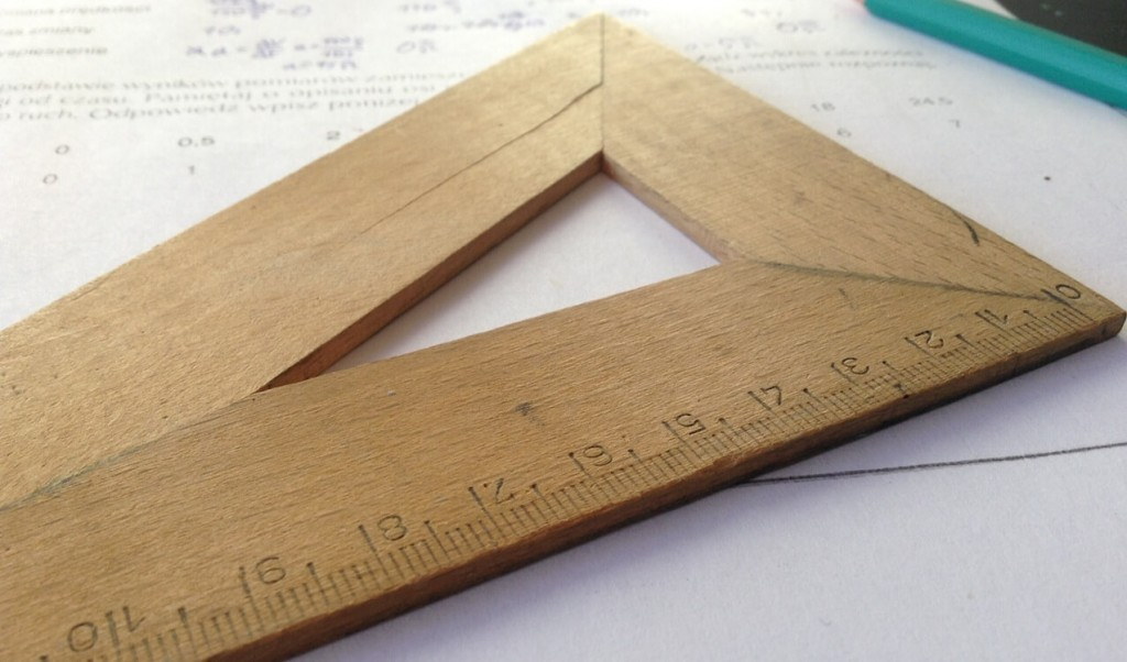 Technical drawing ruler